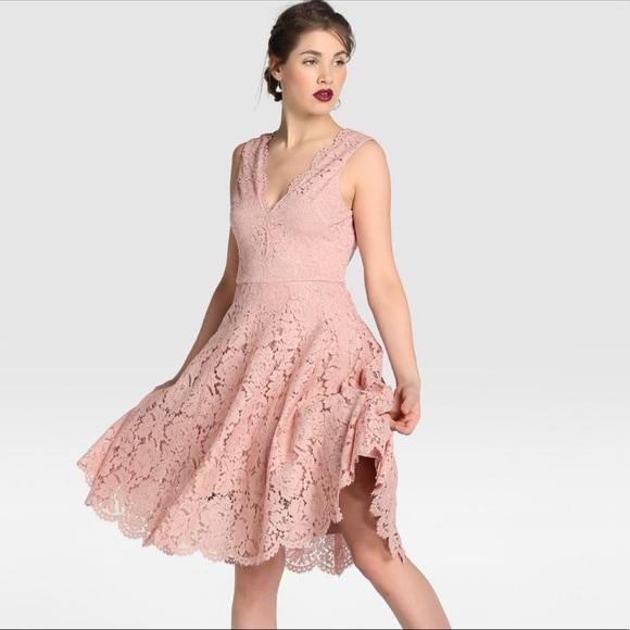 Vera Wang Dresses & Skirts | Vera Wang Lace Cocktail Dress | Poshmark